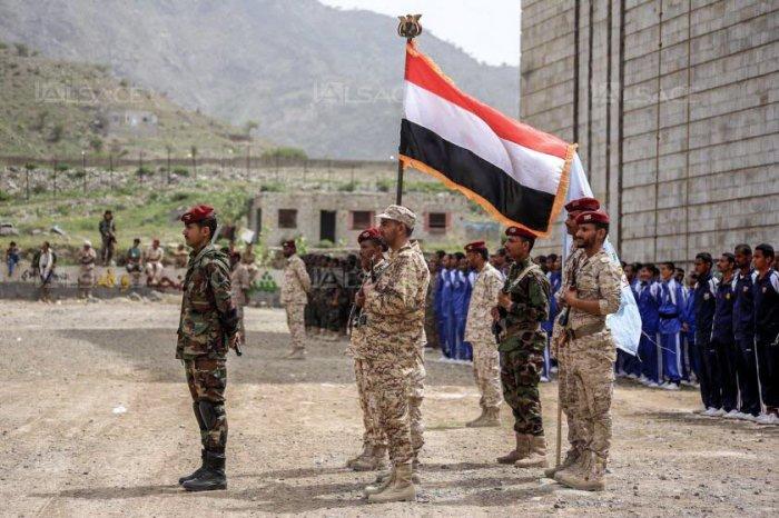 membres-des-comites-populaires-de-resistance-force-loyaliste-proche-de-ryad-photo-ahmad-al-basha-afp-1535129887.jpg