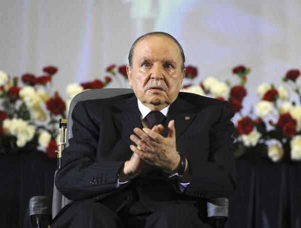 Le-président-Abdelaziz-Bouteflika-a-nommé-Athmane-Tartag-à-la-tête-du-DRS.jpg